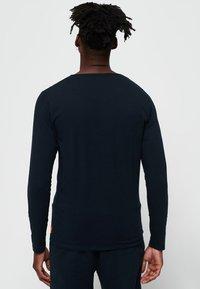 Superdry - Långärmad tröja - laundry navy blue - 2