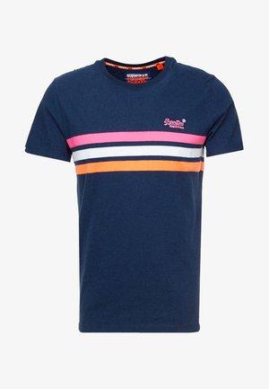 LABEL FLURO CHESTBAND STRIPE TEE - T-shirt con stampa - navy marl