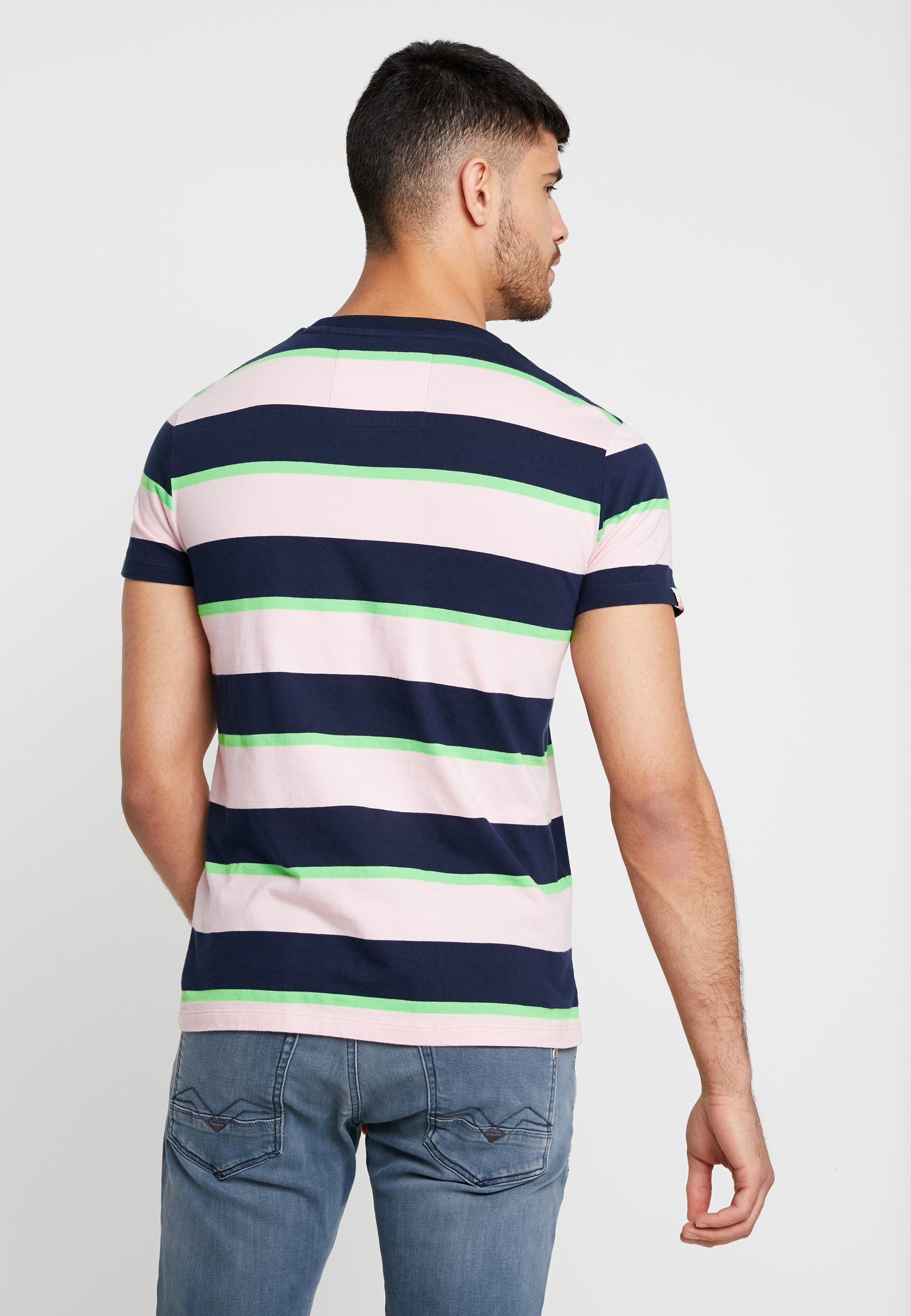 Stampa Prime Con Superdry Skate shirt Stacked Pink LuxT dBCxeo