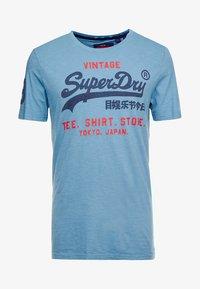 Superdry - SHOP DUO MID TEE - Print T-shirt - antique blue - 4