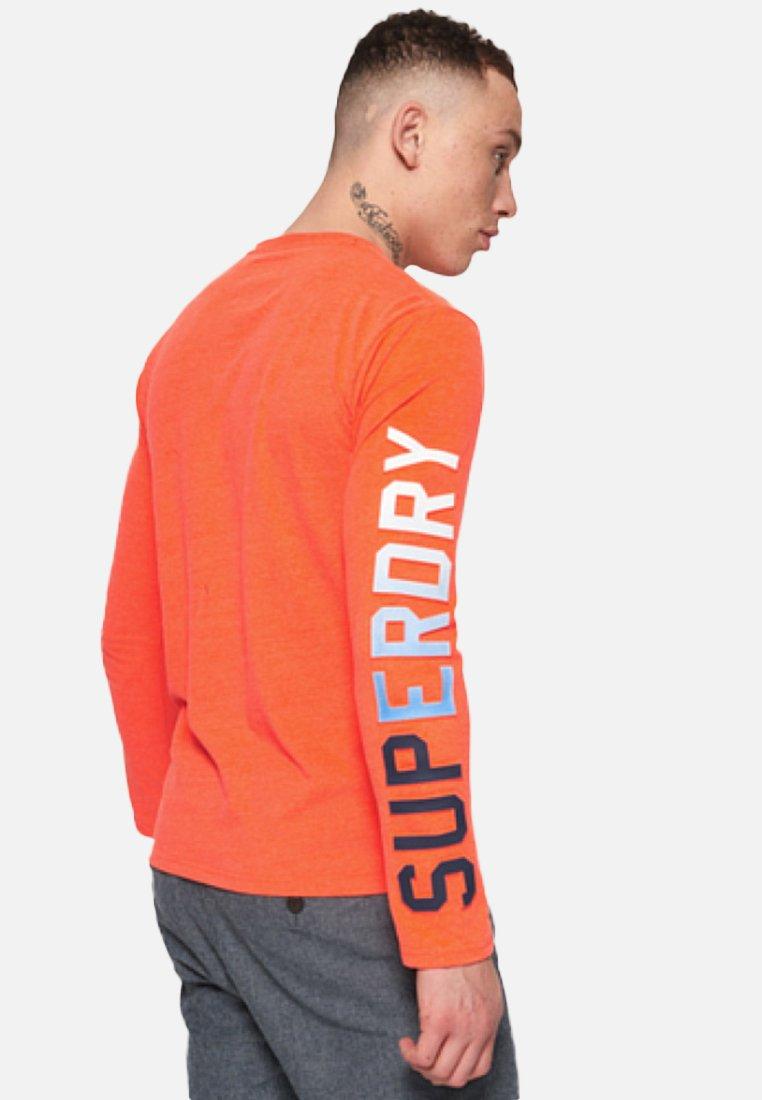 LonguesRadiant Superdry À Orange Manches shirt T A3Rqc5j4L