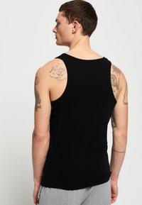 Superdry - 2-PAK - Top - laundry white/laundry black - 2