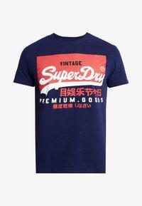 Superdry - VINTAGE LOGO TEE - Print T-shirt - patriot navy - 4