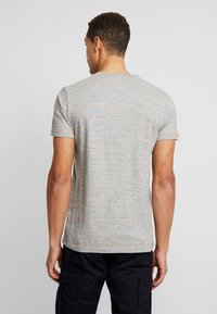 Superdry - VINTAGE EMBROIDERY TEE - T-shirt print - rainbow grey space dye - 2
