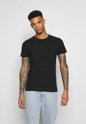 VINTAGE EMBROIDERY TEE - T-shirt print - vast black space dye