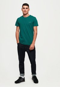 Superdry - LEKKI  - T-shirt basic - gasoline green - 1