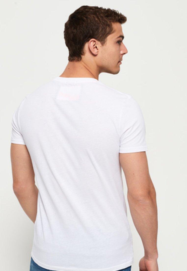 ImpriméWhite shirt T Superdry Superdry T T Superdry shirt ImpriméWhite ImpriméWhite shirt Superdry ZXikuOPT
