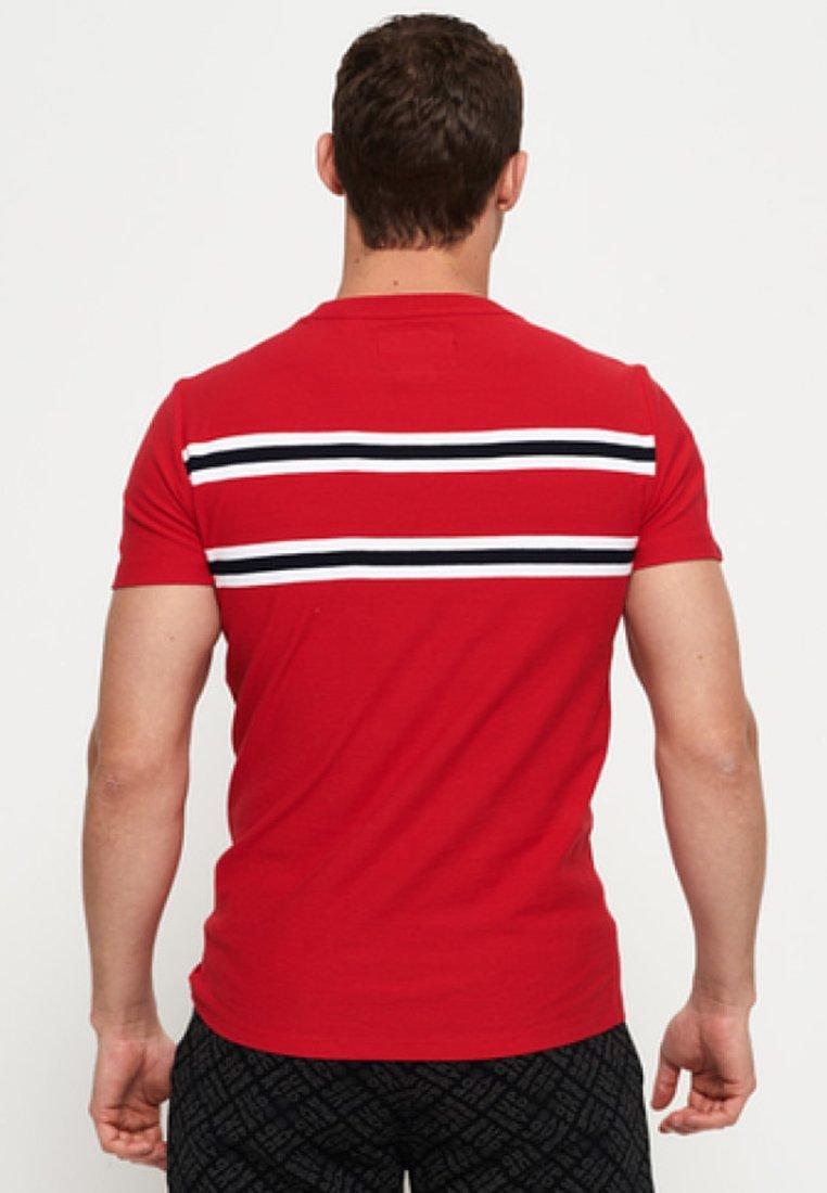 Red Superdry shirt Imprimé Mit FischgrätmusterT JFuc13TlK