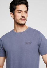 Superdry - ORANGE LABEL LITE TEE - T-shirt basic - dry slate blue - 4
