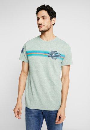 HIGH FLYERS FADE TEE - T-shirt print - smoke green marl