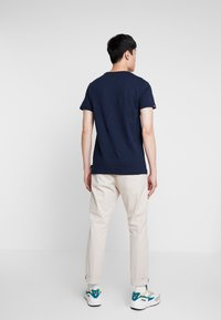 Superdry - SURPLUS GOODS CLASSIC GRAPHIC TEE - T-shirt print - rich navy - 2