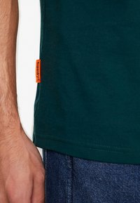 Superdry - COLLECTIVE TEE - Basic T-shirt - pine - 5