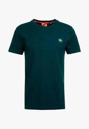 COLLECTIVE TEE - Jednoduché triko - pine