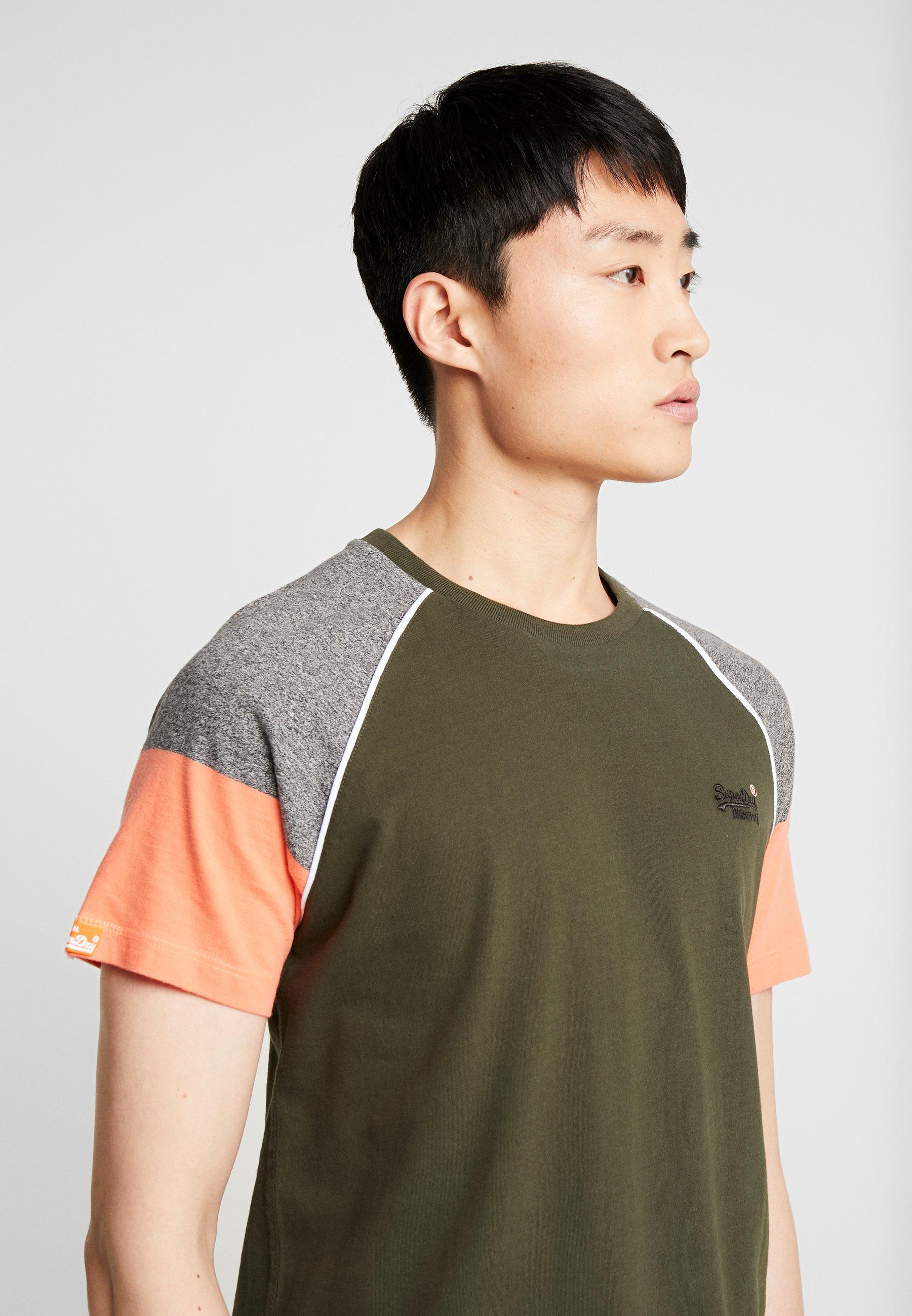 Superdry OL DESERT BASEBALL - Print T-shirt - surplus goods olive