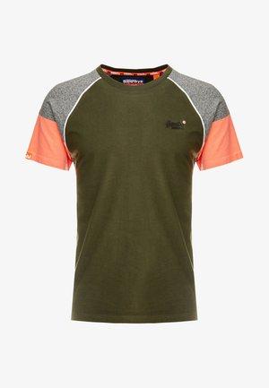 OL DESERT BASEBALL - Print T-shirt - surplus goods olive