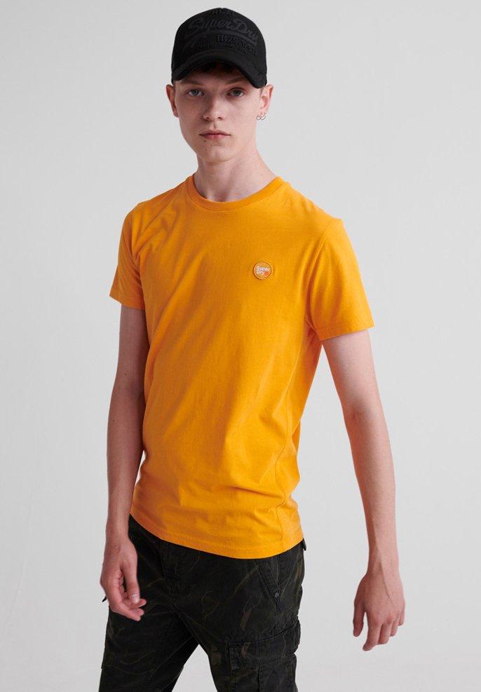 Superdry - COLLECTIVE - T-Shirt basic - alaska gold