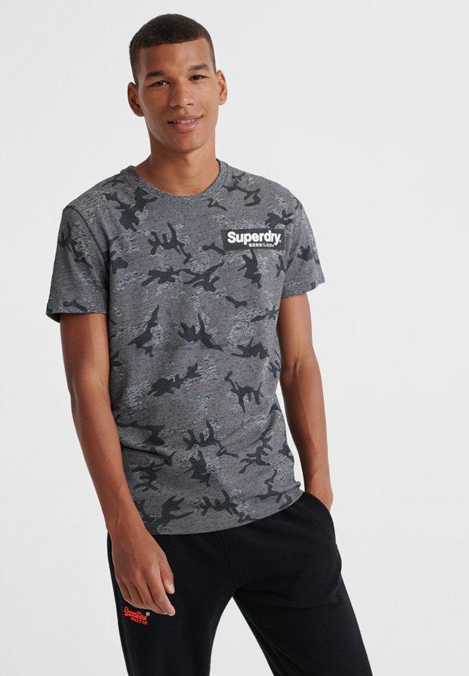 Grey T Con Superdry shirt Light Stampa 8nvmwN0