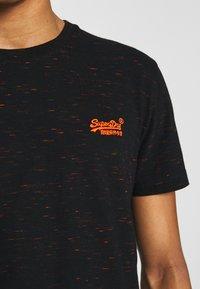 Superdry - VINTAGE CREW - T-shirt basic - black - 5