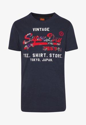 INFILL STORE TEE - T-shirt print - lauren navy