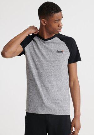 OL CLASSIC SS BASEBALL TEE - Camiseta estampada - collective dark grey grit