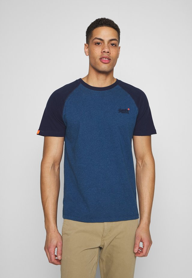 OL CLASSIC SS BASEBALL TEE - T-shirts med print - rich blue