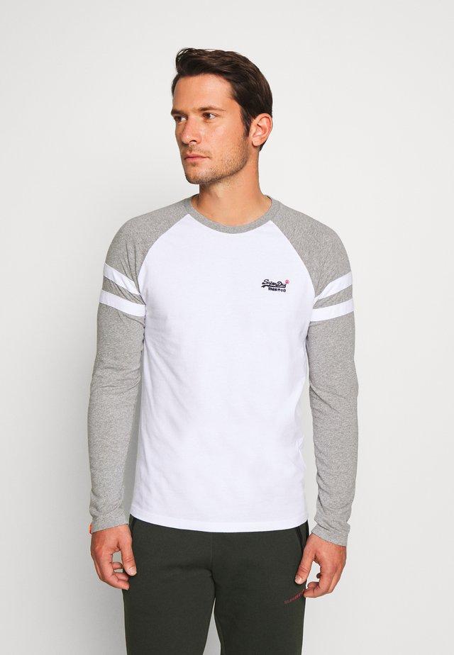 SOFTBALL RINGER - Långärmad tröja - white