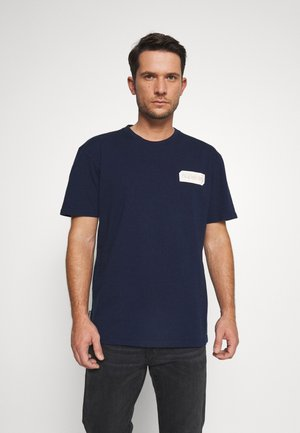 CORE LOGO BLACK OUT TEE - T-shirt print - rich navy