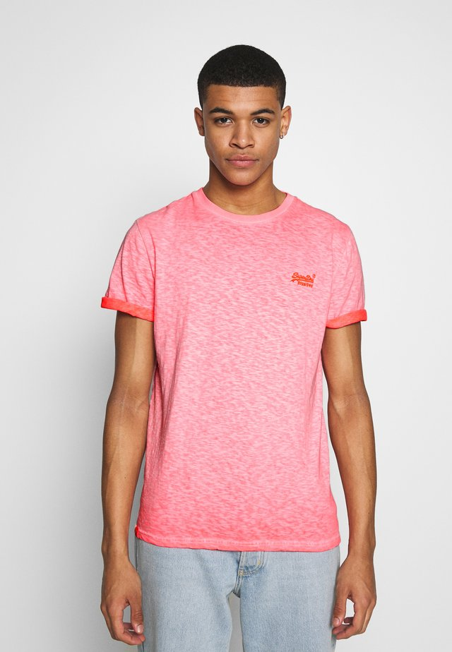 LOW ROLLER TEE - T-shirt basic - hyper fire coral