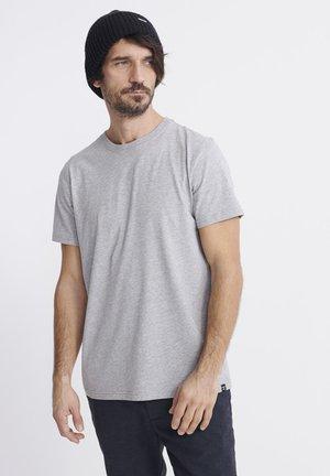 STANDARD LABEL - T-shirts basic - blue stone/grey
