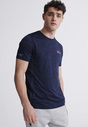 SUPERDRY TRAINING T-SHIRT - Camiseta estampada - blue