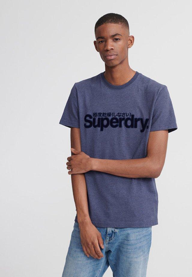 SUPERDRY CORE FAUX SUEDE T-SHIRT - T-shirt print - purple