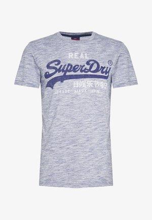 GOODS TEE - T-shirt print - mist blue space