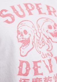 Superdry - MILITARY  - T-Shirt print - optic - 3