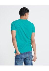 Superdry - MILITARY  - T-Shirt print - green - 2
