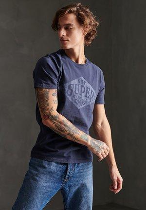 SUPERDRY WORKWEAR T-SHIRT - T-shirt imprimé - lauren navy