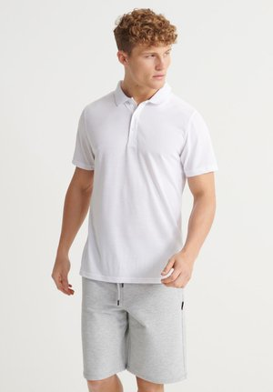 SUPERDRY TRAINING POLO SHIRT - Polo - optic