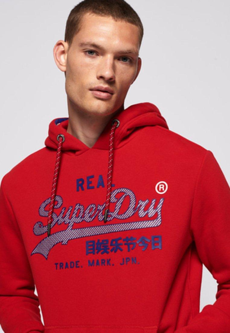 Superdry VINTAGE LOGO RACER HOOD - Felpa con cappuccio - rouge red