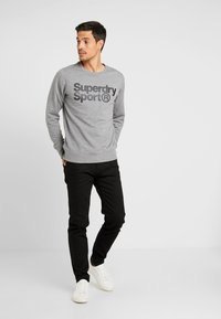 Superdry - CORE SPORT CREW - Bluza - grey marl - 1