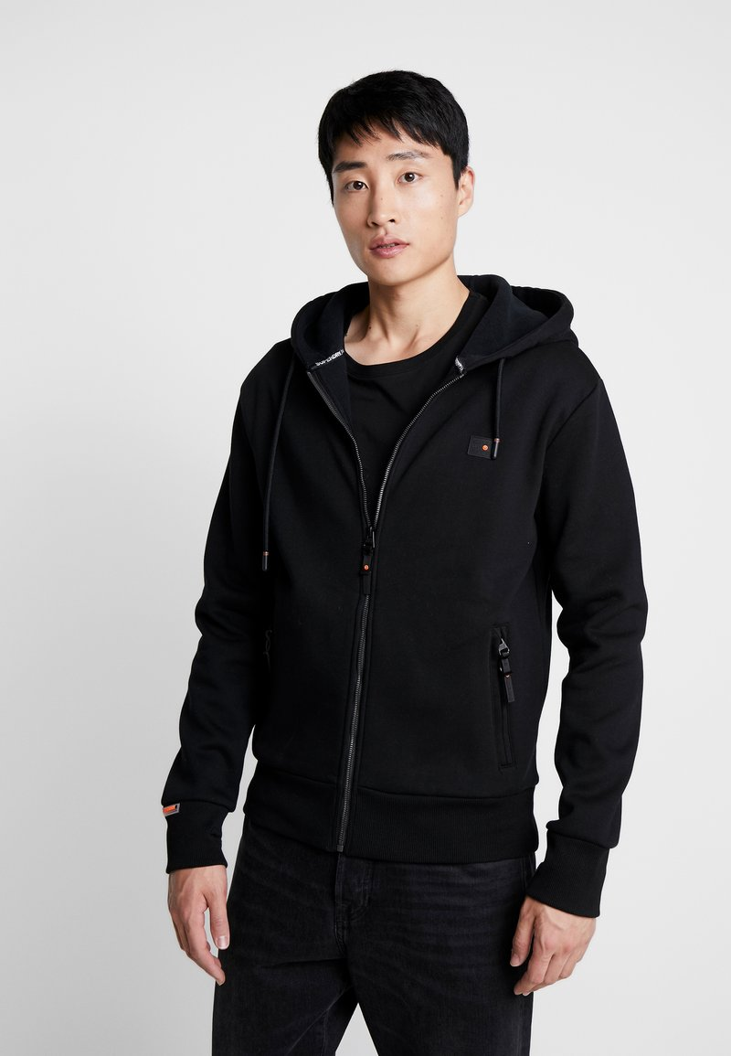 Superdry - TREKKER ZIP HOOD - Sweatjacke - black
