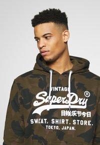 Superdry - STORE HOOD - Sweat à capuche - oil green - 3