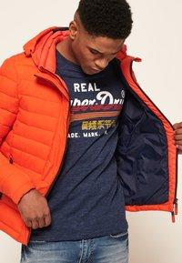 Superdry - NEW FUJI - Light jacket - orange intense - 3