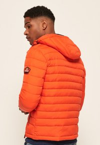 Superdry - NEW FUJI - Veste mi-saison - orange intense - 2