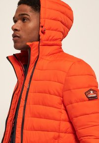 Superdry - NEW FUJI - Veste mi-saison - orange intense - 4