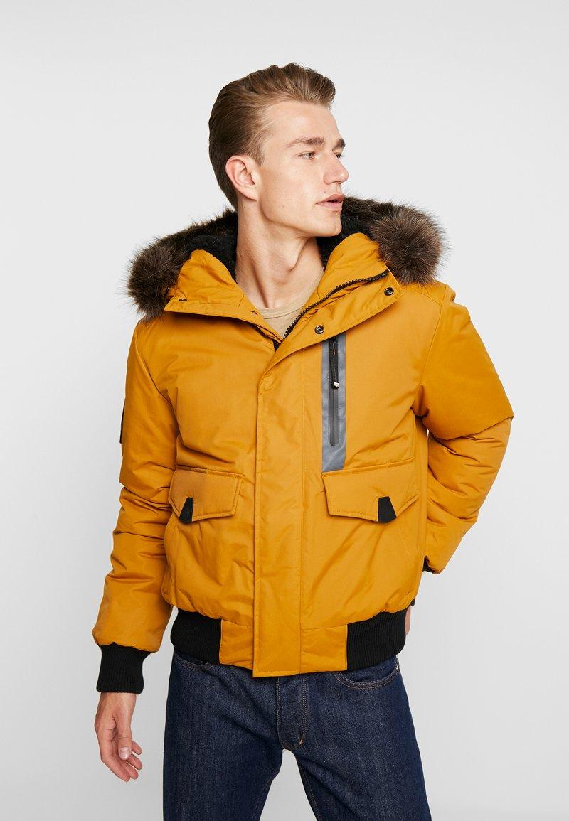 Superdry - EVEREST  - Zimní bunda - flaxen