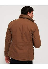 Superdry - CLASSIC ROOKIE  - Light jacket - rusty gold - 2