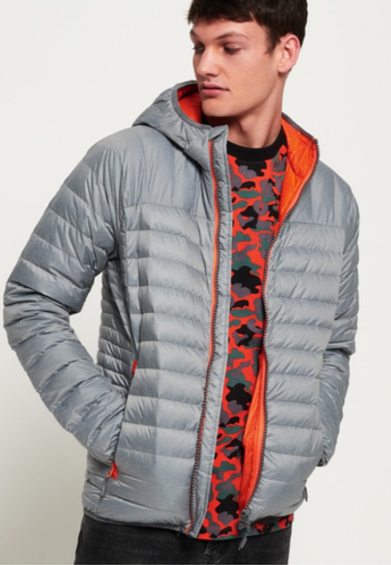 Superdry - CHROMATIC CORE  - Kurtka puchowa - grey
