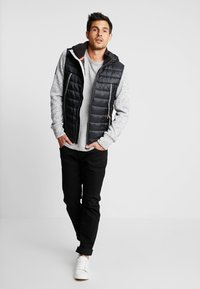 Superdry - STORM FLASH HYBRID - Giacca leggera - light grey grit - 1