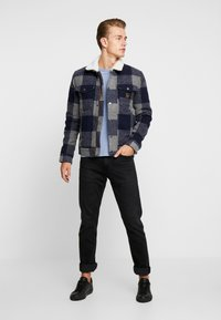 Superdry - HACIENDA CHECK JACKET - Allvädersjacka - navy check - 1