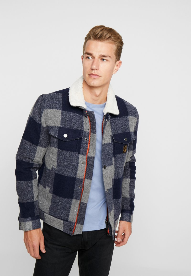 Superdry - HACIENDA CHECK JACKET - Allvädersjacka - navy check