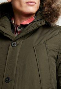 Superdry - EVEREST  - Zimní kabát - amy khaki - 5